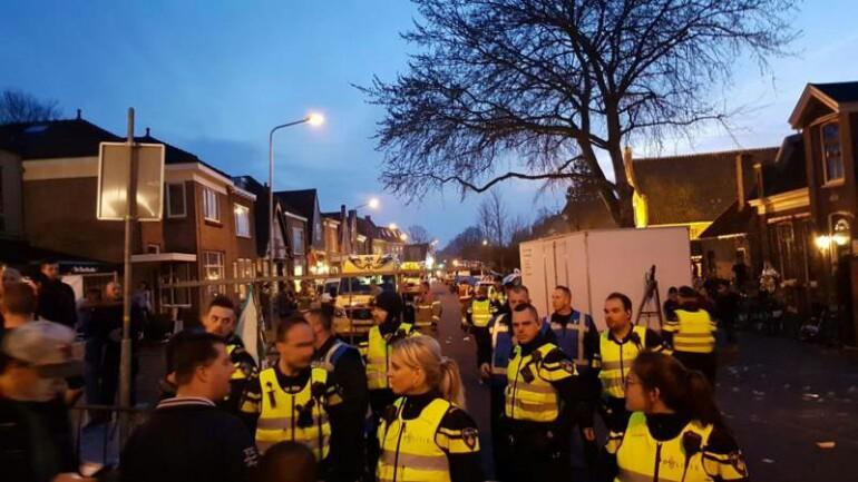 اصابة 10 أشخاص بجروح نتيجة شجار و الحشود أثناء معرض للمواشي في Schagen شمال هولندا