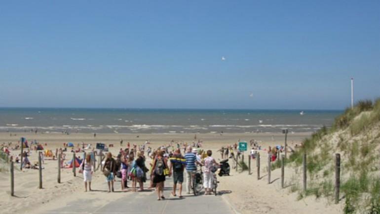 aee3050e8 غدا سيتم تنظيم يوم التعري الوطني على شاطيء نوردفايك جنوب هولندا