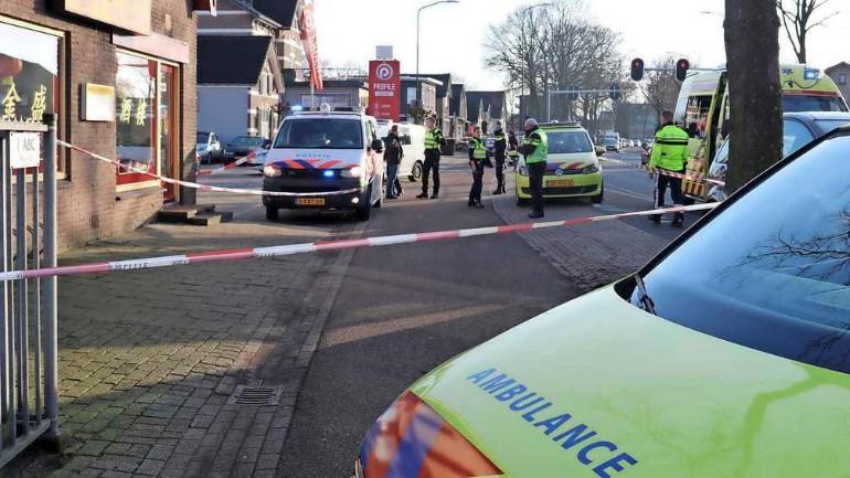 إصابة رجل بجروح خطيرة جراء طعنه داخل مطعم في أبلدورن والجاني يسلم نفسه