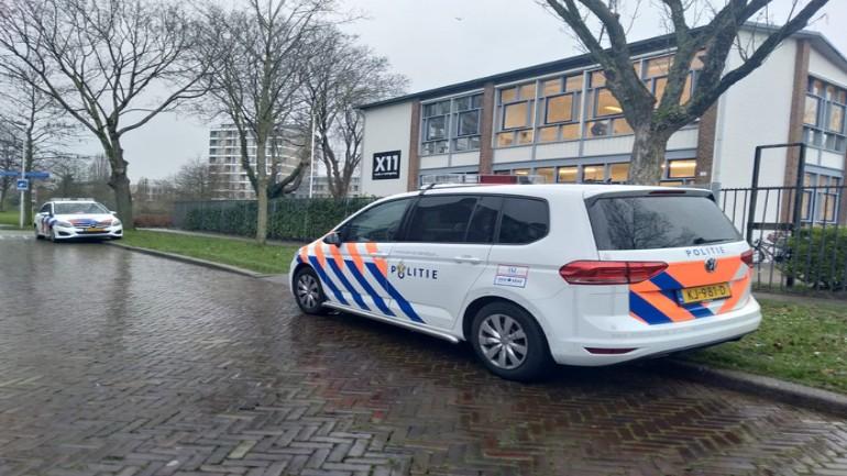 رجل مختل يدخل إلى مدرسة ثانوية في أوتريخت ويهدد الطلاب بالقتل
