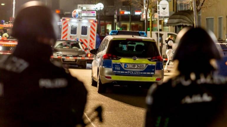 تسعة قتلى من المهاجرين الأجانب في هجوم نفذه ألماني متطرف على اثنين من مقاهي الشيشة في فرانكفورت