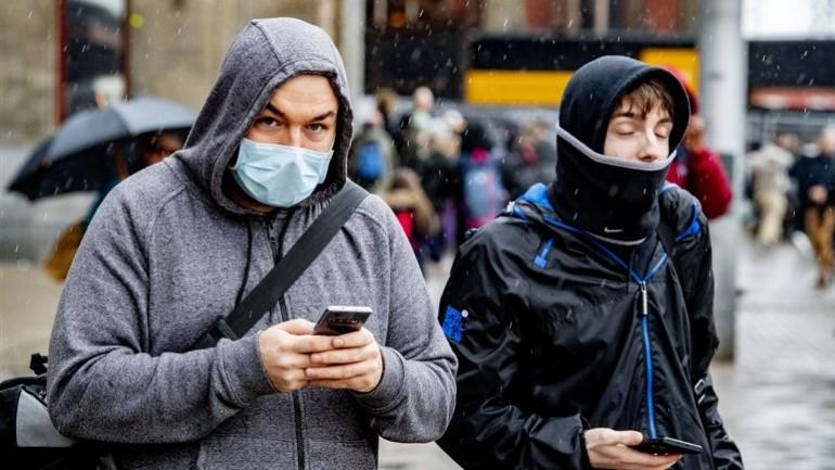أصبح عدد المصابين بفيروس كورونا في هولندا ستة أشخاص بعد انتقال العدوى لعائلتي المريضين من أمستردام و تيلبورخ