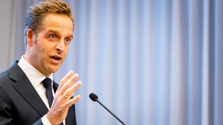 وزير الصحة الهولندي دي يونغ: الحكومة و الرعاية الصحية تستعد للمرحلة الحرجة