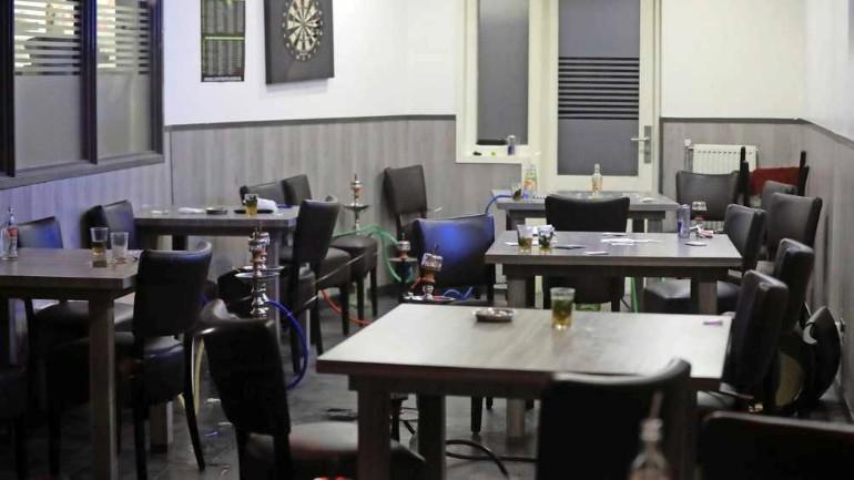 الشرطة تداهم مقهى شيشة في دانهاخ: سيحصل المالك والزبائن على غرامات كبيرة
