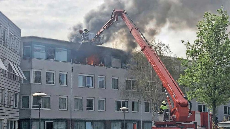 اندلاع حريق كبير في مجمع سكني لرعاية المرضى المصابين بفيروس كورونا في تيلبورخ