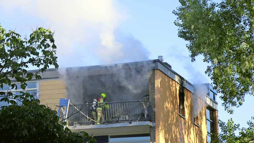 اصيب اثنان في انفجار وحريق في شقة في روتردام