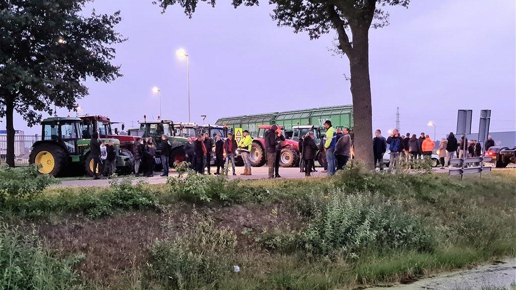 الشرطة تعتقل العشرات من المزارعين المحتجين اليوم