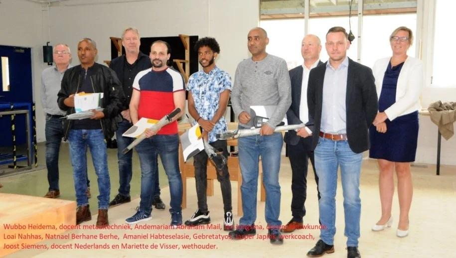 حصول المشاركين في برنامج التدريب المهني Noorderhuizen على دبلومات