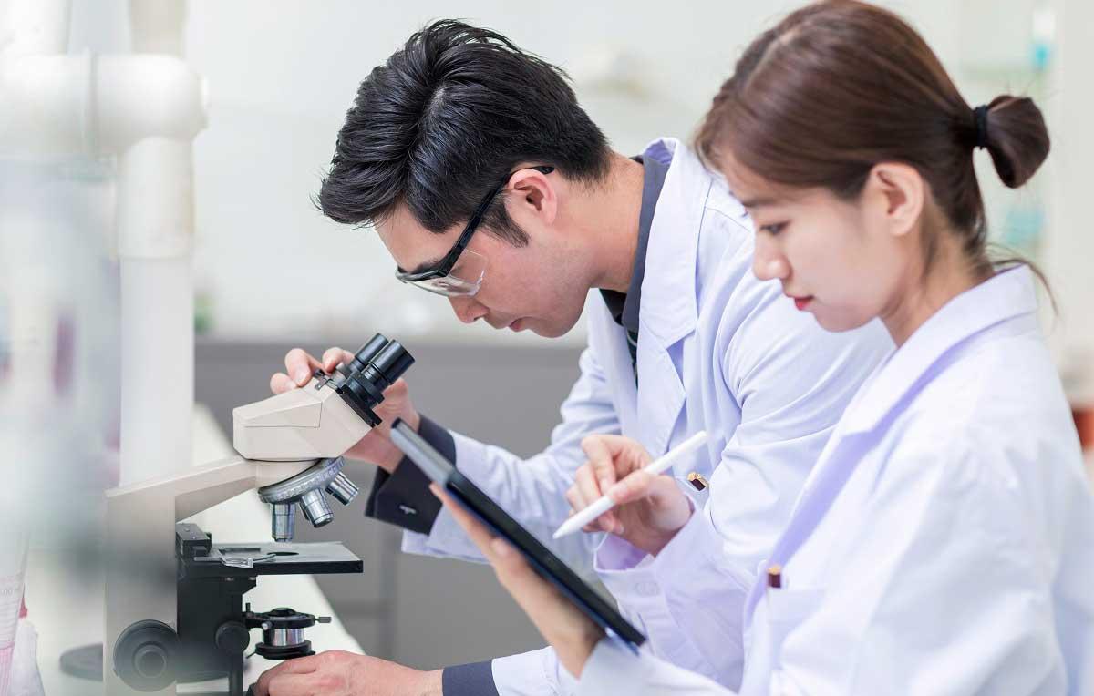"""علماء يابانيون يكتشفون فيروساً يؤدي للإصابة بـ""""الاكتئاب"""""""