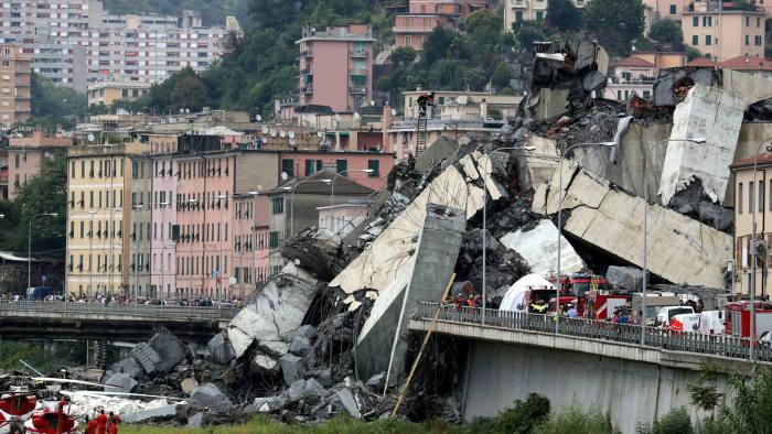 افتتاح الجسر الجديد في Genua, إيطاليا