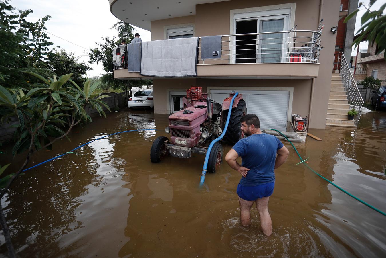 فيضانات اليونان: ثلاث وفيات بينهم رضع وأضرار جسيمة