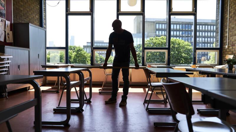 مخاوف بشأن افتتاح المدارس في هولندا