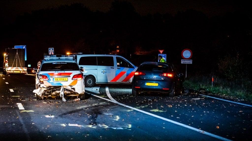 وفاة شرطي متأثراً بجراحه في حادث على الطريق السريع قرب Eindhoven