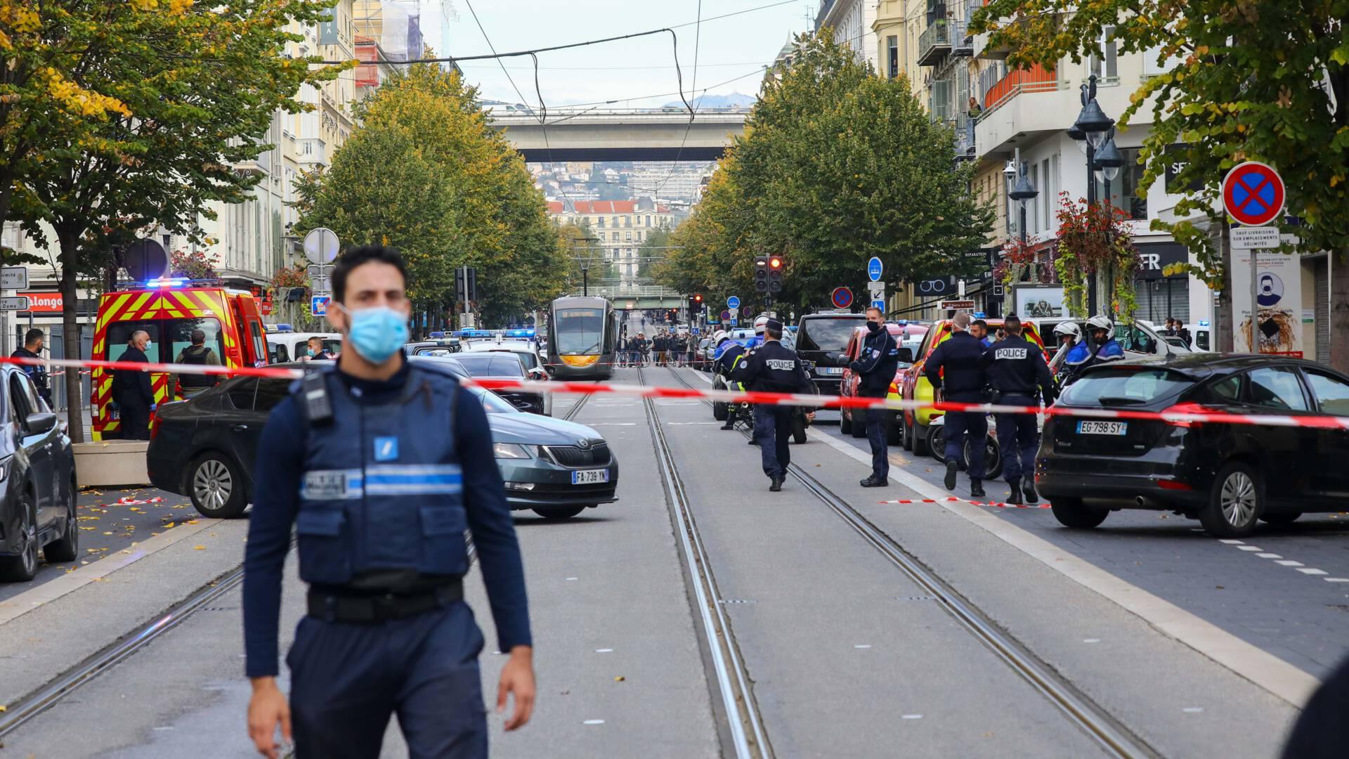 قتلى في هجوم بسكين قرب كنيسة Notre-Dame في مدينة Nice الفرنسية