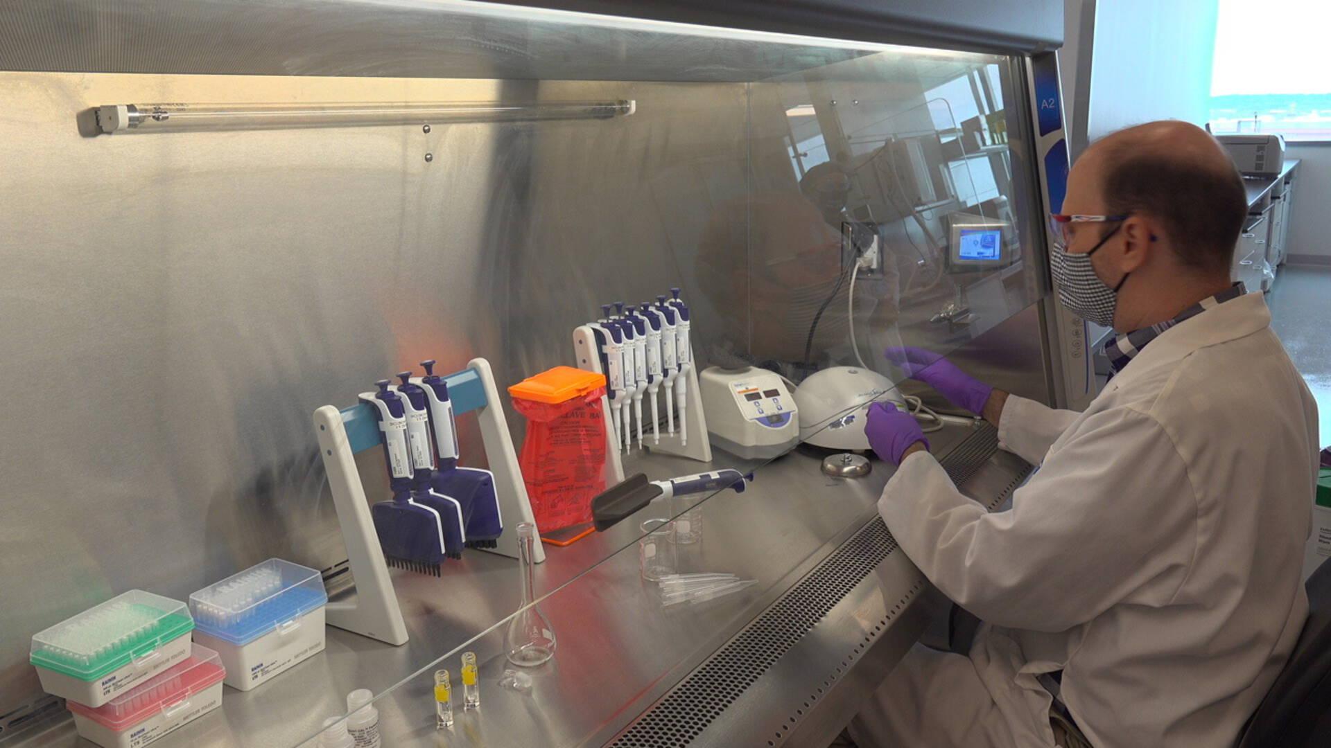 بدأت مراجعة اللقاح الأوروبي وربما تظهر النتائج هذا الشهر