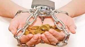 مساعدة مرتكبي الجرائم في دفع التعويضات لضحاياهم