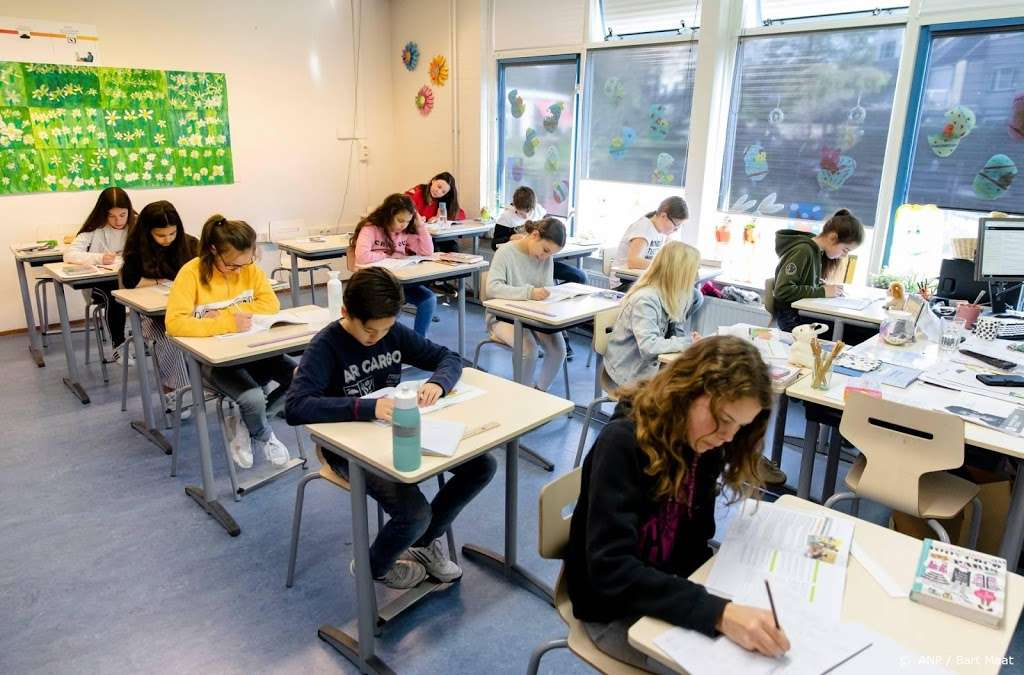 التعليم: يجب أن يستمر الاختبار النهائي للمدرسة الابتدائية الهولندية