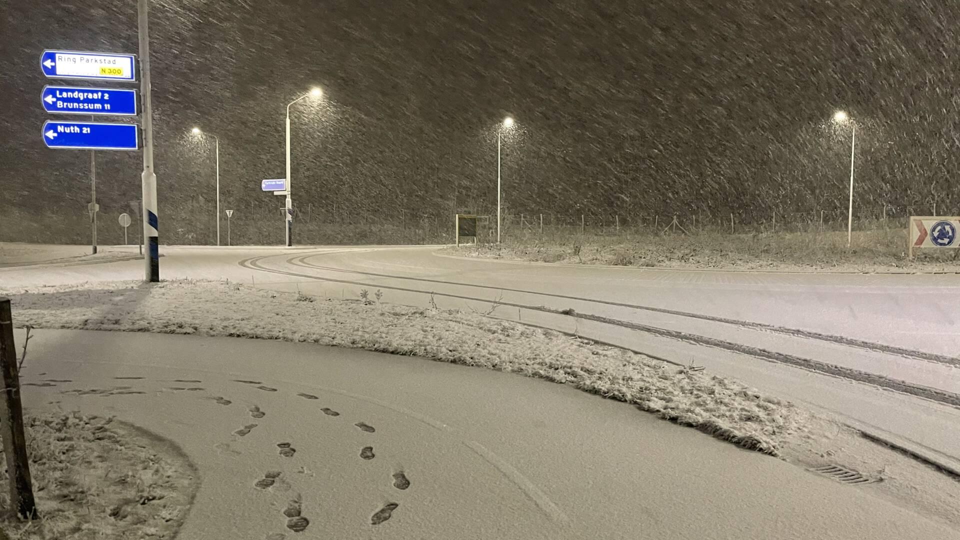 الثلوج في ليمبورغ، احذر من التزحلق، رمز أصفر لكامل هولندا