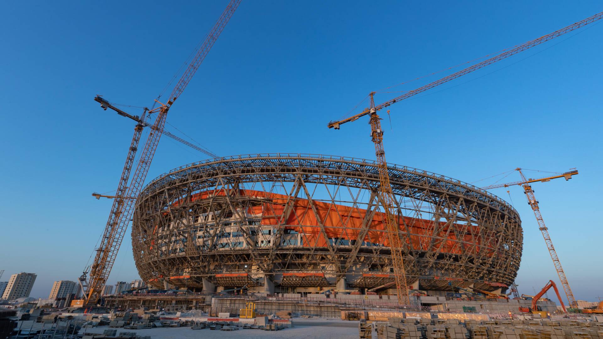 مجلس النواب يطلب من الملك ورئيس الوزراء الابتعاد عن كأس العالم في قطر