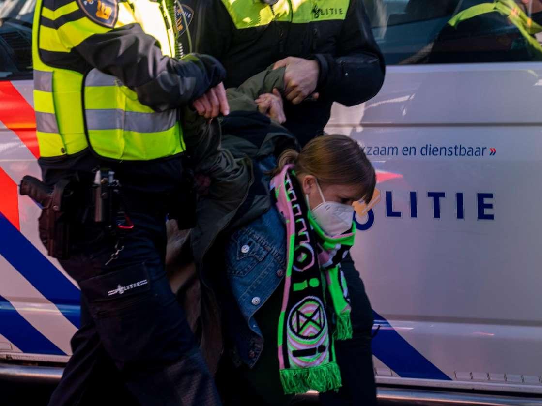 اعتقال مائة شخص من المتظاهرين في أوتريخت
