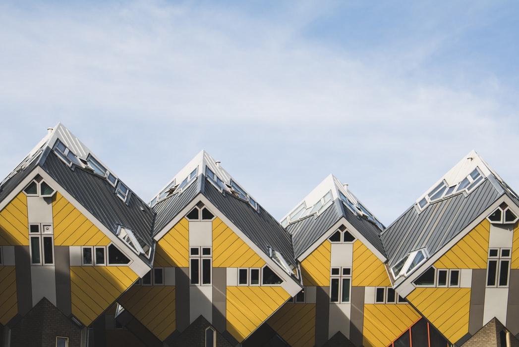 منازل مكعبة تخطف الأنظار في روتردام