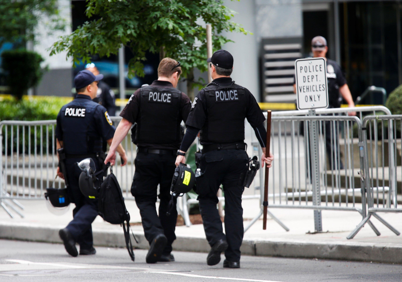 الشرطة تعتقل اثنين من المشتبه بهم  المختبئين في كريستال ميثلاب أرنهيم