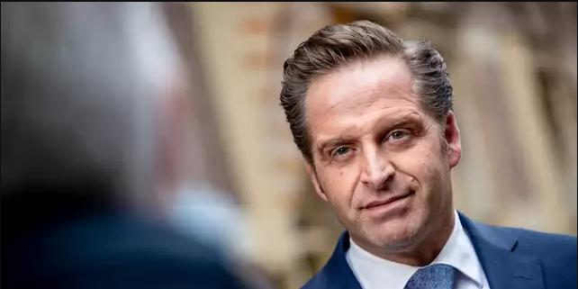 إلغاء حظر التجول في هولندا