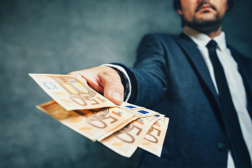3000 يورو للعمال المهاجرين كل سنة