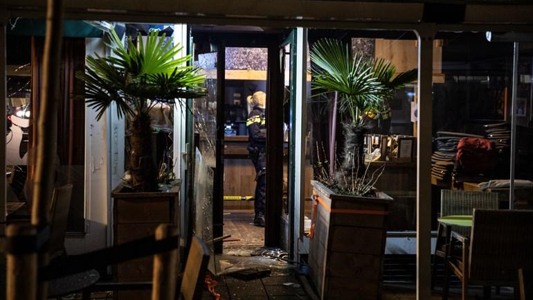 انفجار مقهى في لومباردي