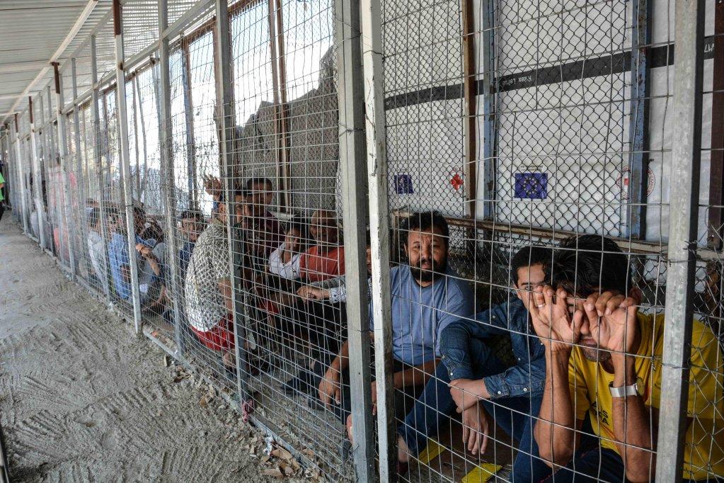 انخفاض قياسي في أعداد المهاجرين على الجزر اليونانية