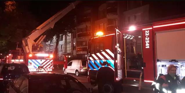 حريق ضخم في مجمع سكني بروتردام !!