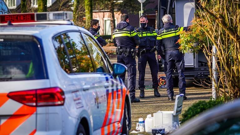 أطلقت الشرطة النار على رجل في Polslandstraat َ!!