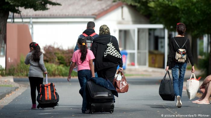 ألمانيا: 11 ألف طالبي لمّ الشمل ينتظرون الانضمام إلى أسرهم!