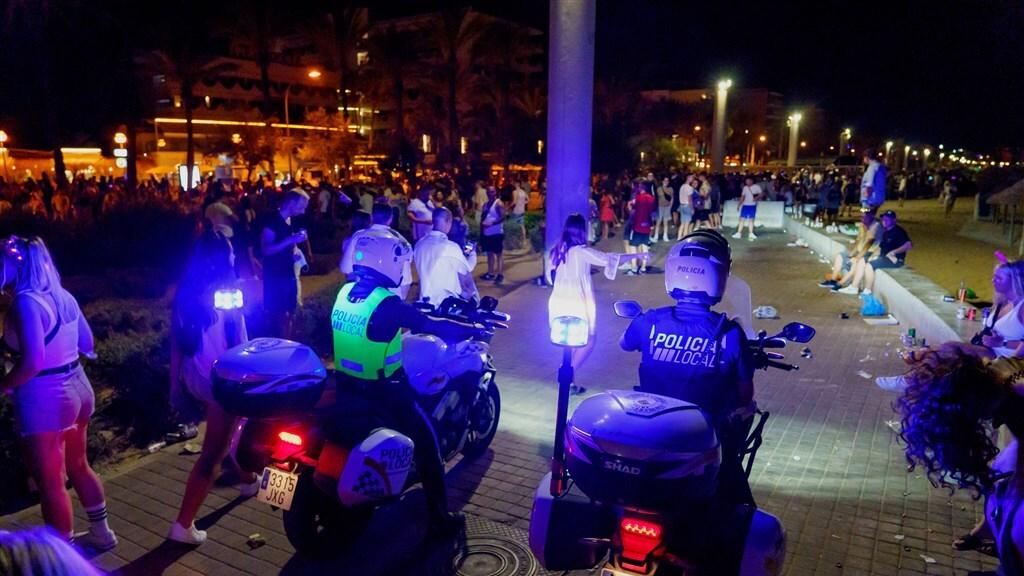 مقتل سائح هولندي في جزيرة مايوركا على يد عصابة هولندية