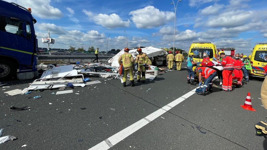 حادث كبير على A2 وإغلاق الطريق، دمار كبير لم يحدث من قبل!
