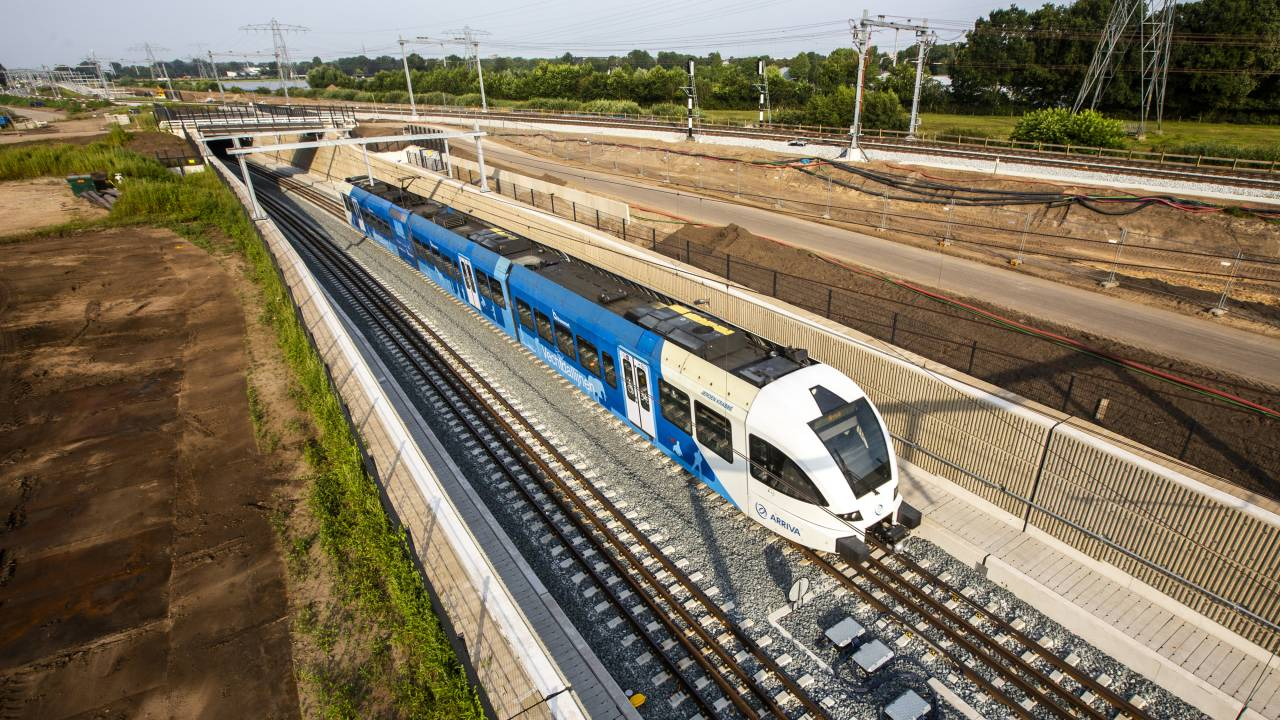 يُسمح لأريفا بقيادة القطارات المسائية في شيفول