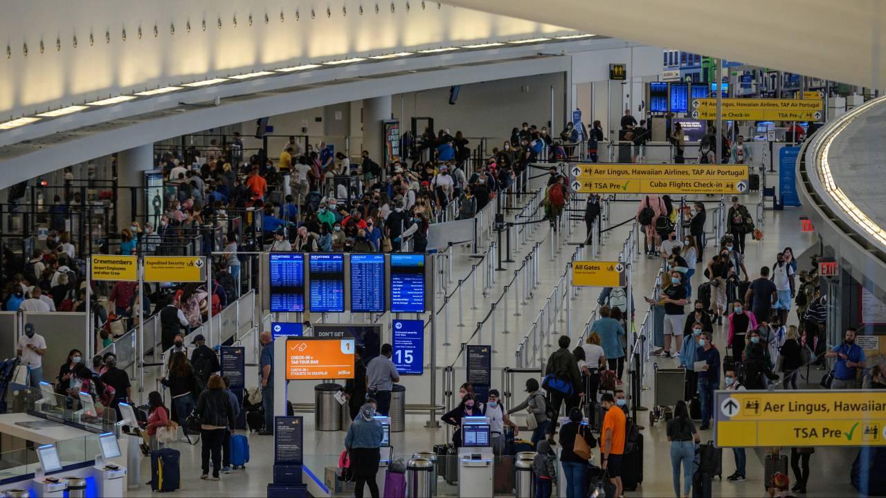 ستسمح الولايات المتحدة للمسافرين المحصنين من الاتحاد الأوروبي مرة أخرى