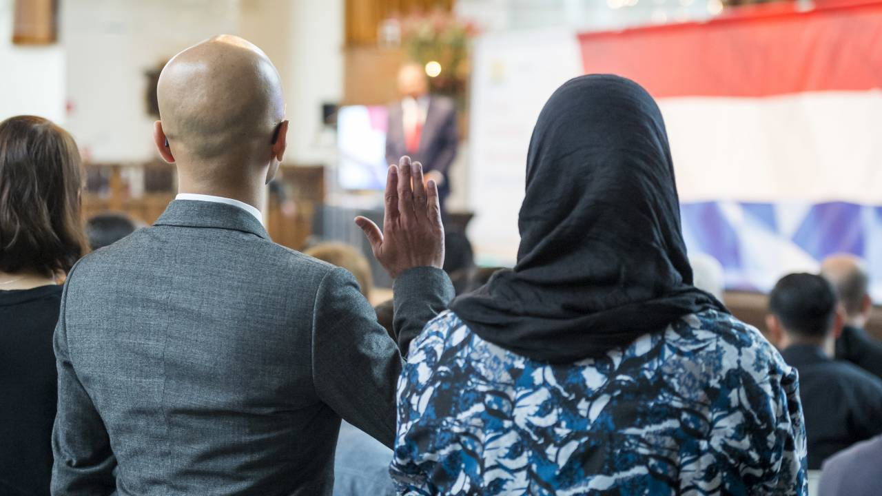 تأثيرات أزمة اللاجئين في هولندا